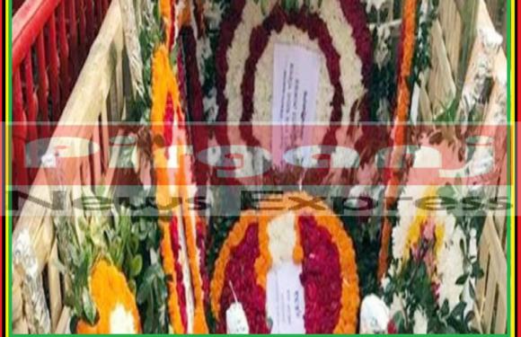 মিরপর বুদ্ধিজীবী কবরস্থানে সাংবাদিক মিজানুর রহমানরের দাফন সম্পন্ন হয়