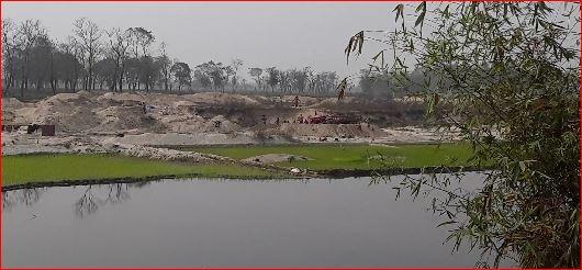 পঞ্চগড় সাতমেরা ইউনিয়নে সীমান্ত পেরিয়ে চলছে শুভঙ্করের ফাঁকি যেকোনো সময় বিপদের আশঙ্কা